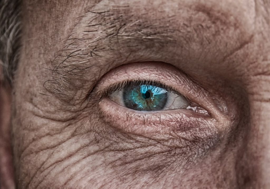 Olho-do-idoso